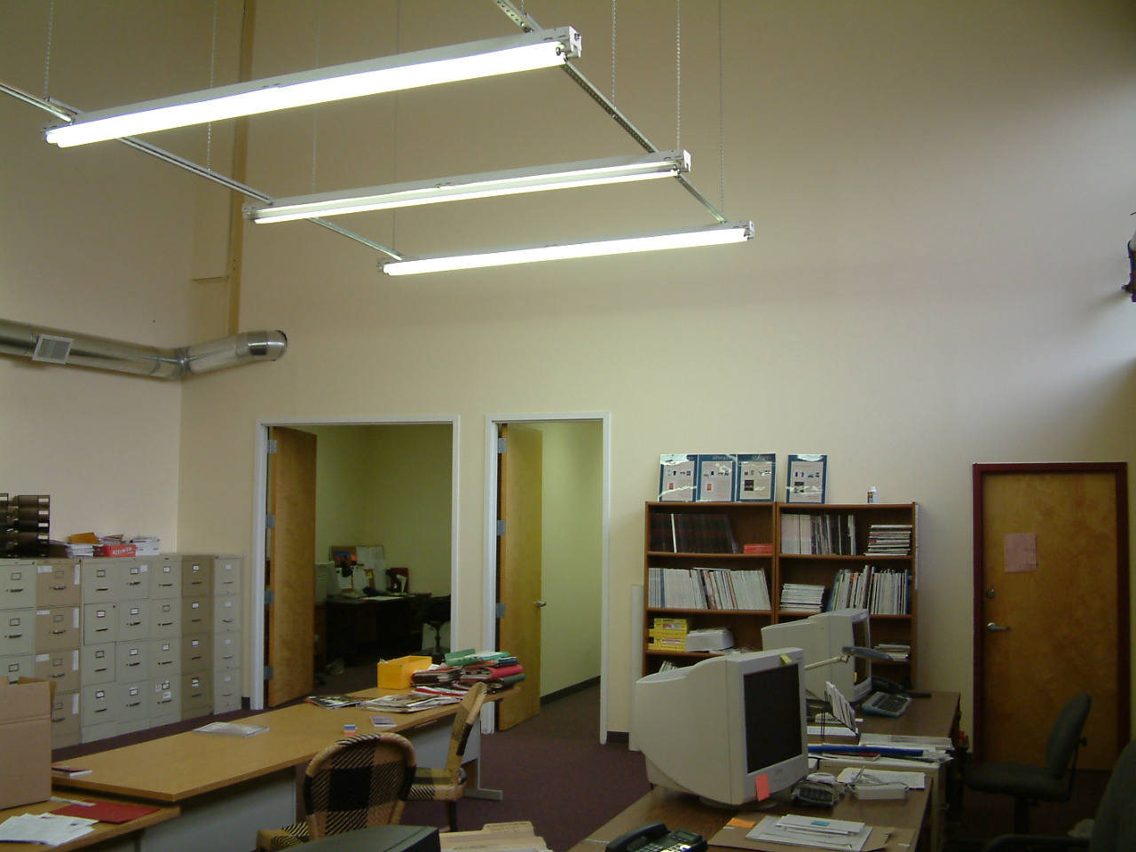 Electrical Contracting Residential Commercial And Industrial Wiring Flouresent Lights These Are Fluorescent That Mounted To A Frame Suspended From The Ceiling Popular Lighting Method For Spaces With Very High